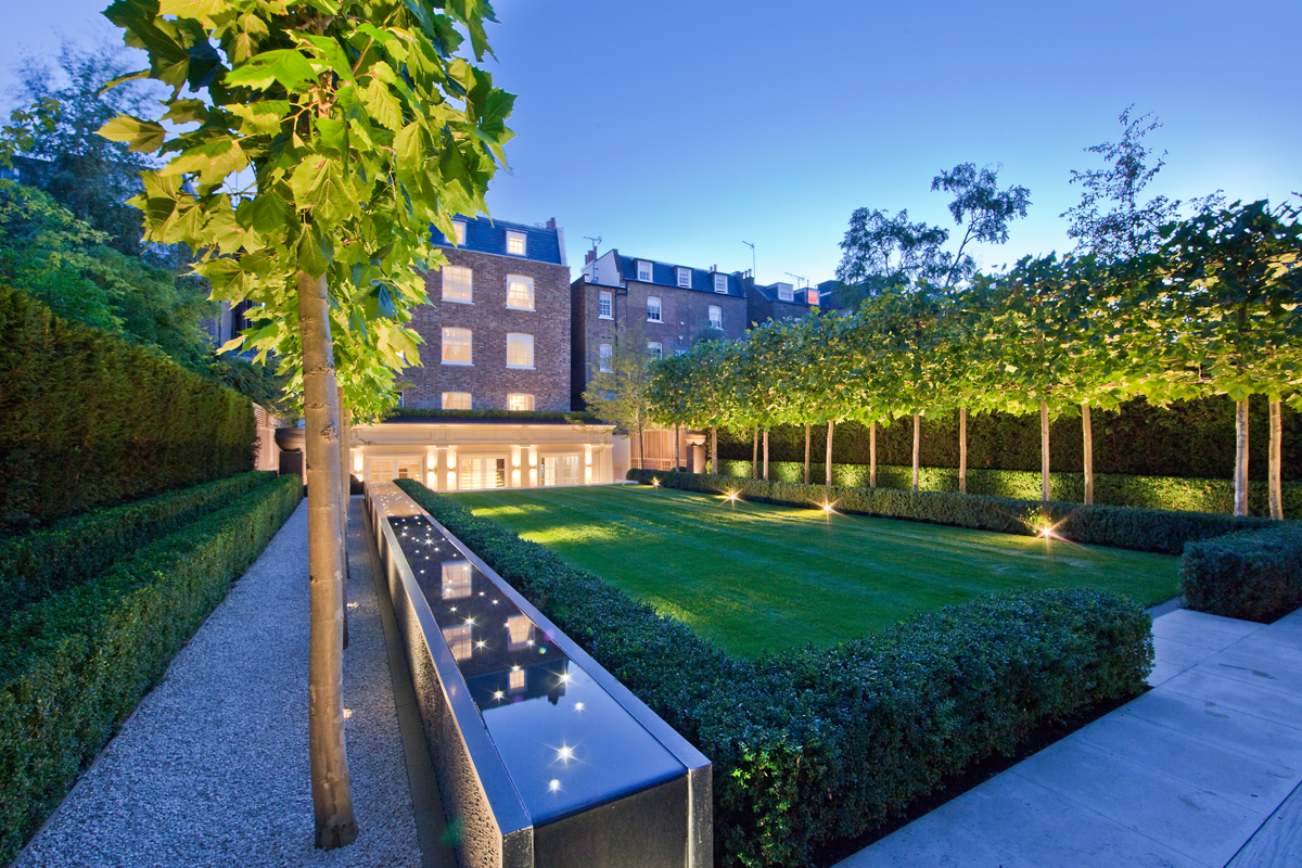 Image of modern garden in outside luxury London
