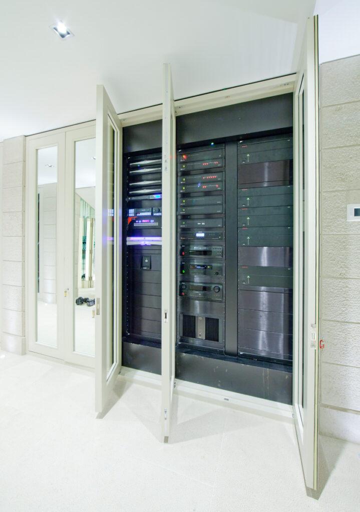 Rack Home Automation System MAintenance
